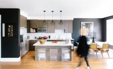 Interior Design : อพาร์ทเมนต์โมเดิร์น สร้างความอบอุ่นด้วยผนังสีดำ