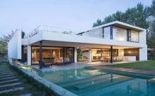 บ้านวิลล่าพร้อมสระว่ายน้ำ สไตล์มินิมอล