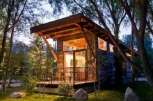 แบบบ้านไม้ ยกพื้นหลังเล็กๆ สไตล์มินิรีสอร์ท